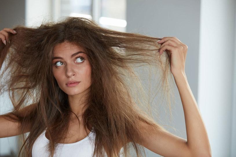 Nie czesz włosów odkurzaczem, to niebezpieczne /Picsel /123RF/PICSEL