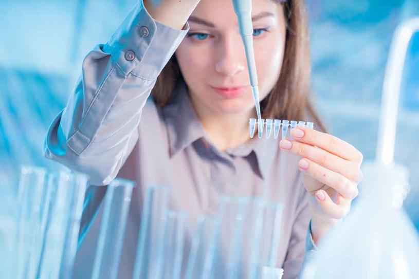 Nie daj się nabrać. Nie wszystko da się wyczytać z genów /123RF/PICSEL