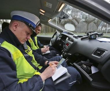 Nie daj się zmylić. Na razie nie będzie jazdy bez dokumentów!