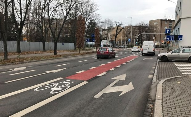 """""""Nie daje poczucia bezpieczeństwa"""". Nowa ścieżka we Wrocławiu"""