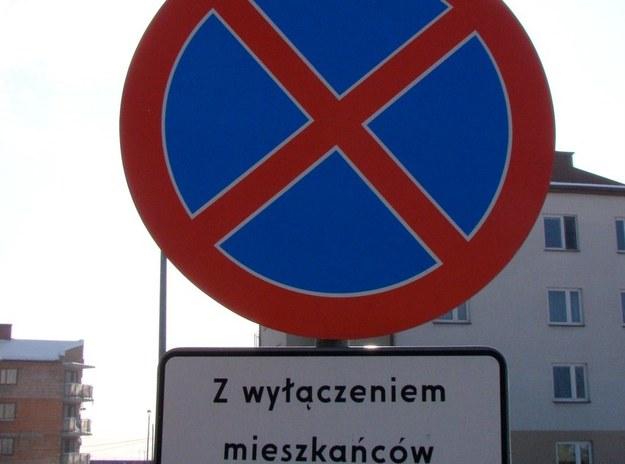 Nie dotyczy mieszkańców /poboczem.pl