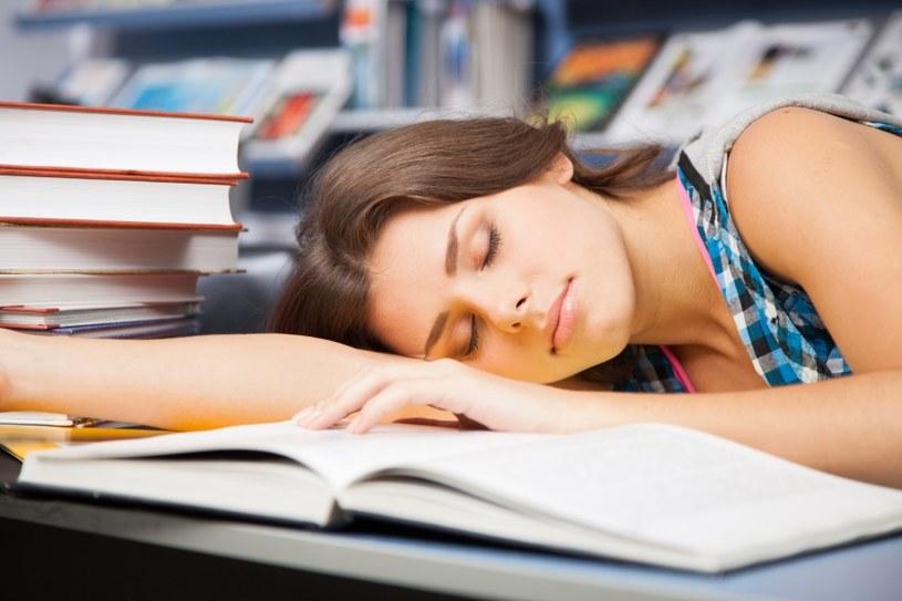 Nie ignoruj nadmiernej senności /©123RF/PICSEL