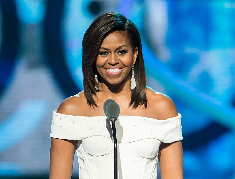 Nie istnieje podręcznik dla pierwszych dam. Michelle postanowiła być sobą. Zaczęła nietypowo: skopała trawnik koło Białego Domu i zamieniła go w ogródek warzywny /Getty Images