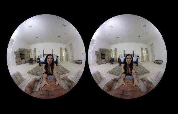 Nie jest zaskoczniem, że na platformę VR nie brakuje filmów sferycznych dla dorosłych /materiały prasowe