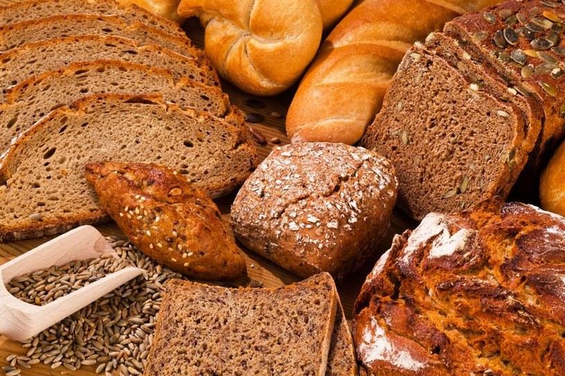 Nie każda ciemna mąka jest mąką żytnią /123RF/PICSEL