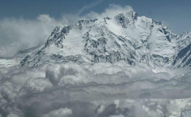 Nie ma kontaktu z dwoma himalaistami na Nanga Parbat. Byli na wysokości 6300 m