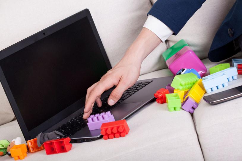 Nie można zostawiać dzieci sam na sam z internetem bez jakiejkolwiek kontroli ze strony rodziców - takie są fakty /123RF/PICSEL