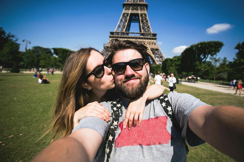Nie musi być Toskania, czy Paryż. Atrakcyjne są podróże same w sobie /123RF/PICSEL