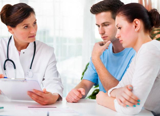 Nie odwlekajcie wizyty u lekarza /123RF/PICSEL