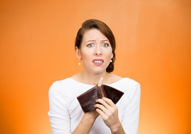 Nie płacisz rat za kredyt? Bank cię sprzeda! /©123RF/PICSEL