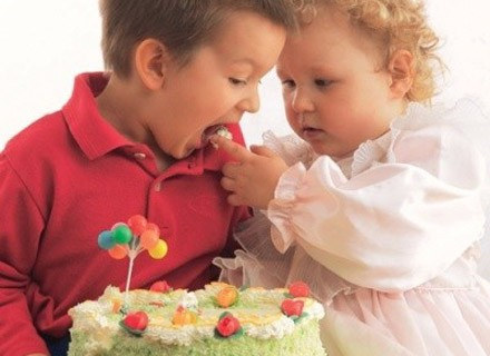 Nie przesadzajmy ze słodyczami... /INTERIA.PL