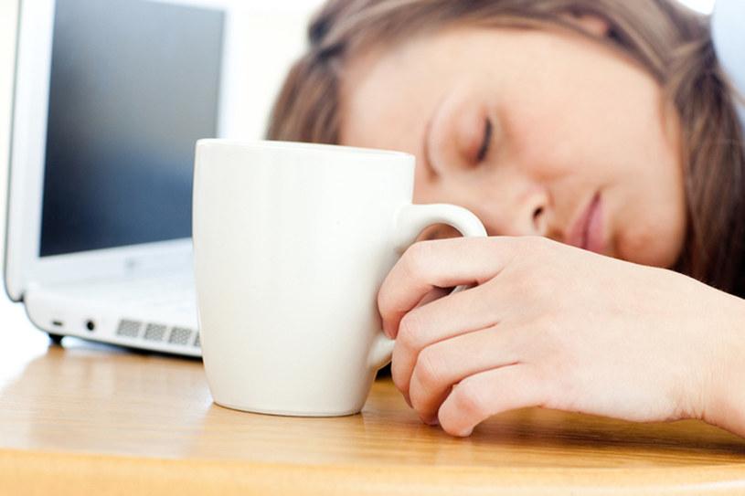 Nie samą kawą człowiek żyje. Przed wyjściem do pracy zjedź coś pożywnego /© Panthermedia