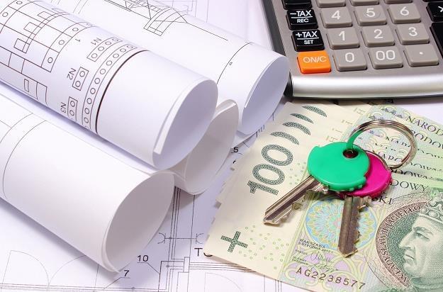 Nie stać cię na kredyt mieszkaniowy ani wynajem? Rząd pomoże /©123RF/PICSEL