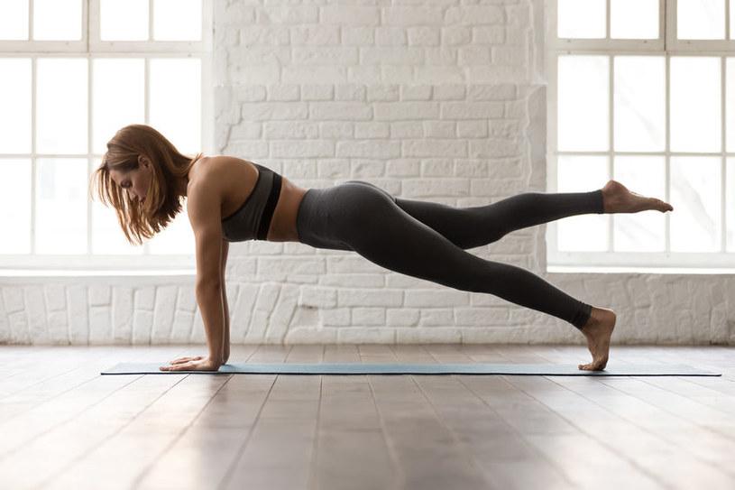 Nie tylko ćwiczenia pomagają schudnąć /123RF/PICSEL