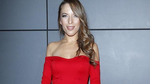 Nie tylko na sportowo. Ewa Chodakowska dobrze wygląda także w wieczorowych kreacjach/fot. Baranowski /AKPA