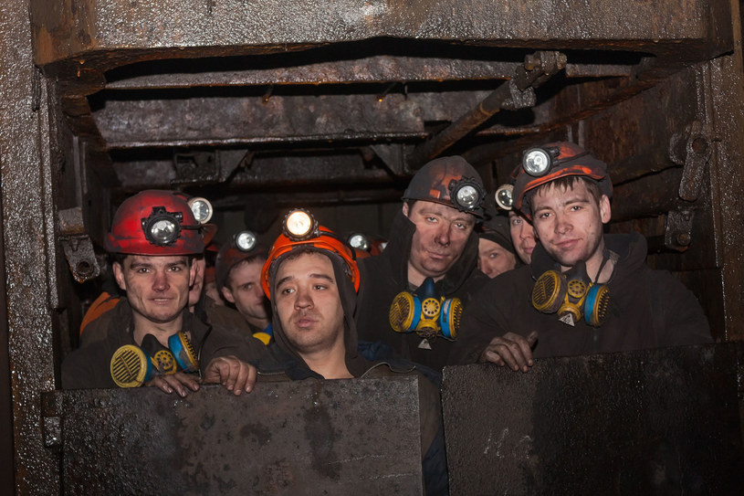 Nie tylko na świecie, ale i w Polsce, zawód górnika należy do najmniej poważanych /123RF/PICSEL