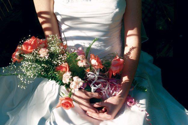 Nie warto oszczędzać na fotografii ślubnej - w końcu to pamiątka na lata  fot. David Basson /stock.xchng