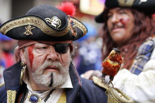 Nie we wsyztkich krajach piractwo budzi histeryczne reakcje polityków /AFP