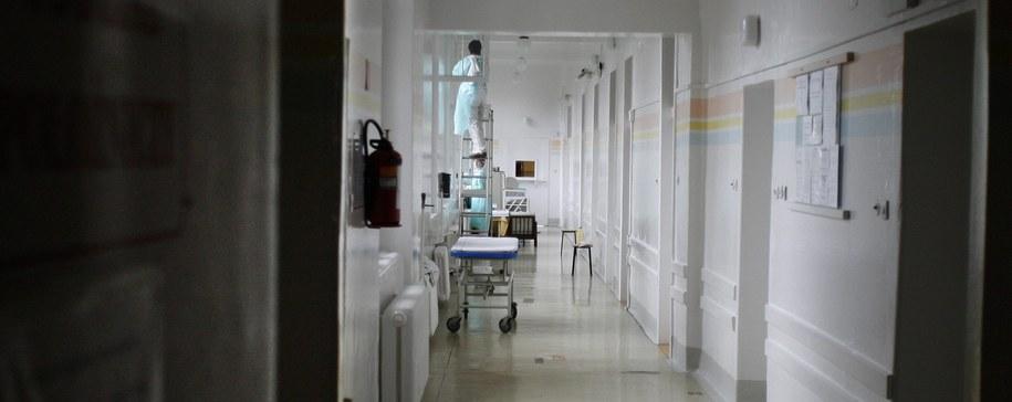 Nie we wszystkich szpitalach kobiety mogą liczyć na zastrzyk przeciwbólowy /Andrzej Grygiel /PAP