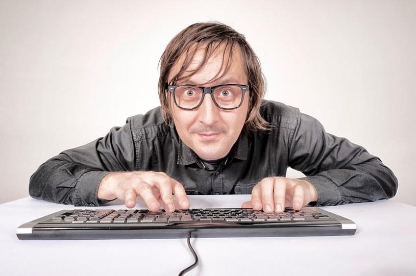 Nie wszyscy hakerzy to mistrzowie zła... /123RF/PICSEL