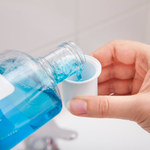 Niebanalne zastosowania płynu do płukania ust