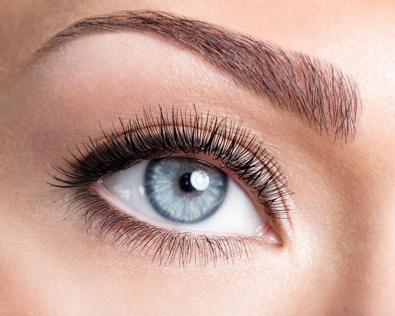 Niebieskie oczy /©123RF/PICSEL