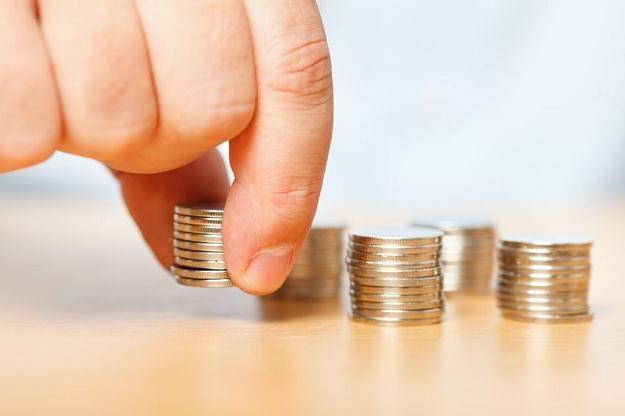 Niechęć klientów do lokat z czasem może zacząć stawać się dla banków coraz bardziej uciążliwa /©123RF/PICSEL