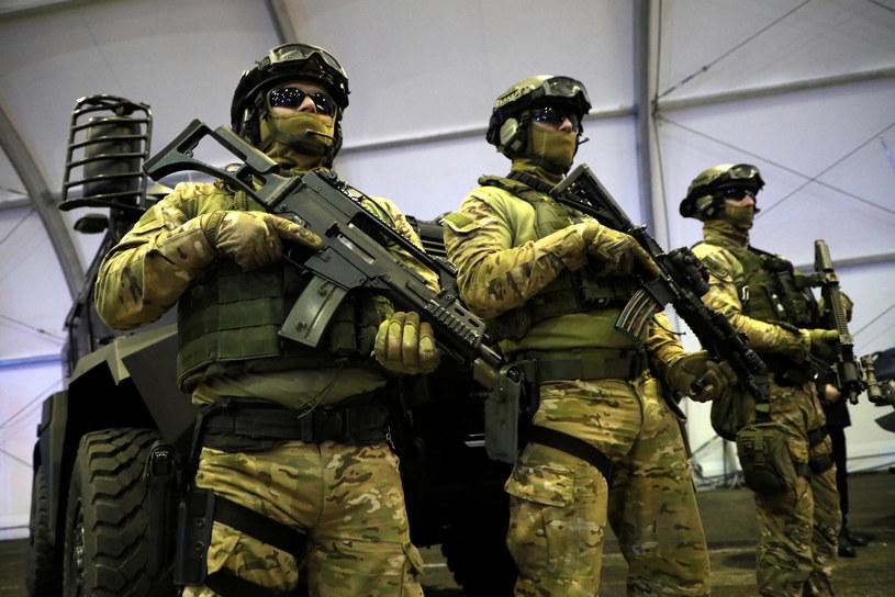 Niedawno policyjni antyterroryści otrzymali nowy sprzęt, który pomoże podczas akcji specjalnych / Jakub Kamiński    /East News