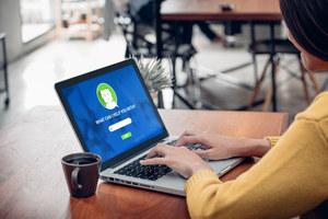 Niedługo kontakt z klientami i pracownikami przejmą chatboty