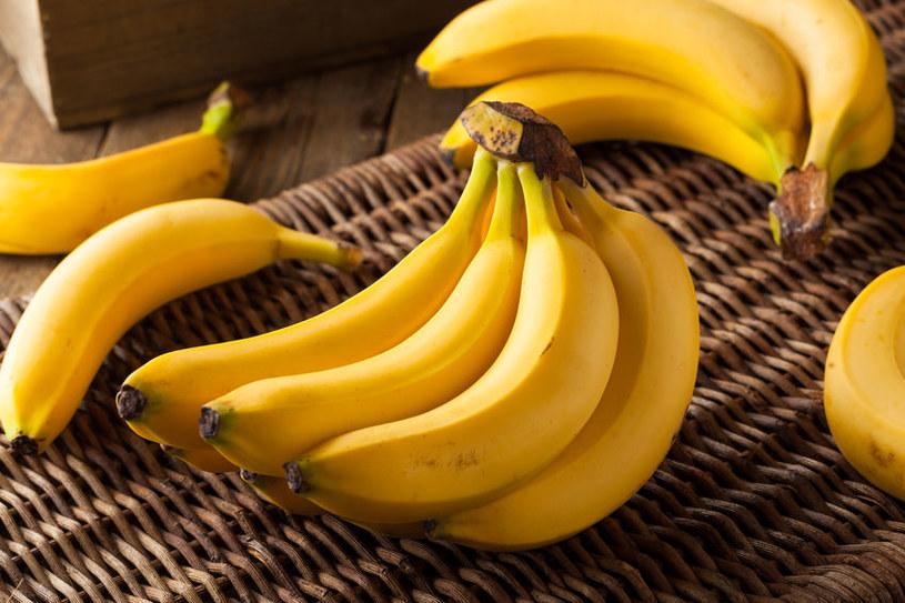 Niedojrzałe banany są idealne dla osób borykających się z cukrzycą /123RF/PICSEL