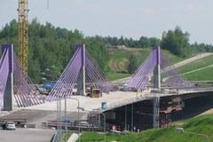 Niedokończony most w Mszanie i pusta A1
