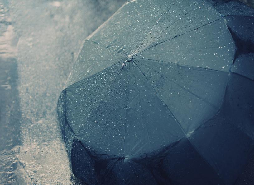 Niedziele upłynie pod znakiem deszczu /123RF/PICSEL