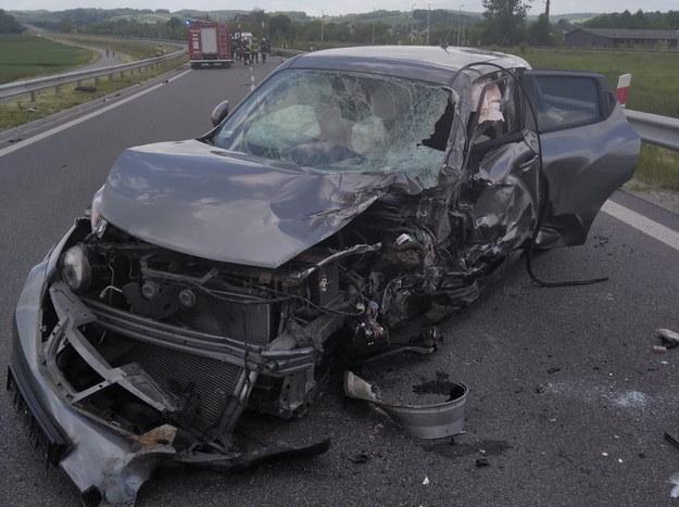 Niedzielny wypadek na obwodnicy Czudca /KP PSP Strzyżów /PAP/EPA