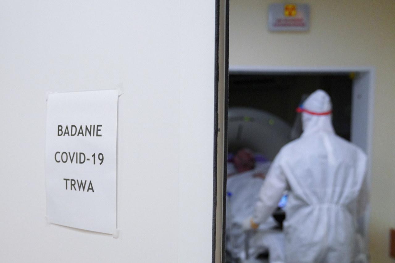 Niedzielski: Brytyjski wariant koronawirusa głównym sprawcą trzeciej fali zachorowań w Polsce
