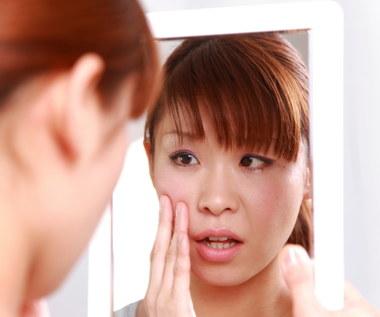 Nieestetyczne zmiany skórne - jak się ich pozbyć?