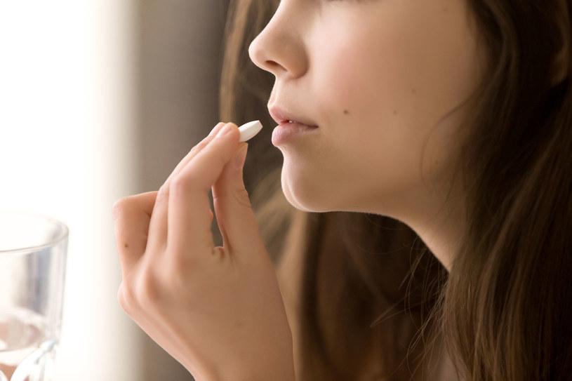 Niektóre leki mogą poważnie uszkadzać słuch /123RF/PICSEL