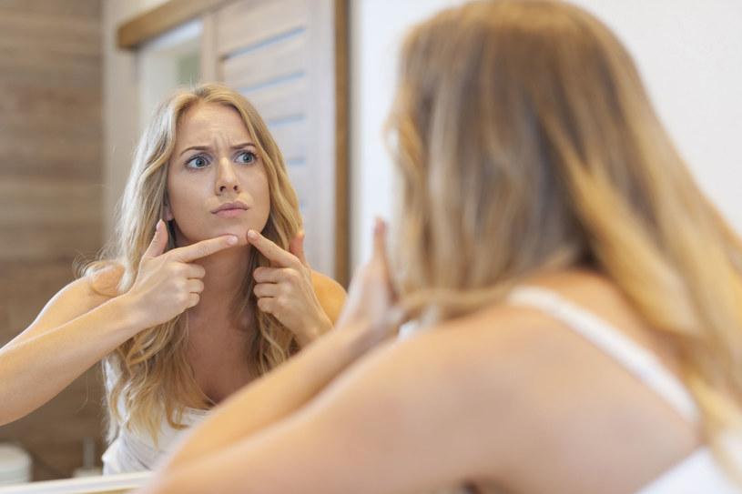 Niektóre produkty spożywcze mogą powodować problemy skórne /123RF/PICSEL
