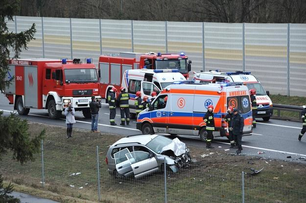 Niektóre przepisy same prowokują wypadki / Fot: Tomasz Gawalkiewicz /Reporter