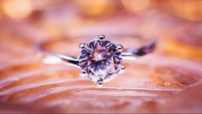 Niektóre rzadkie diamenty to pozostałości kiedyś żyjących stworzeń /Geekweek