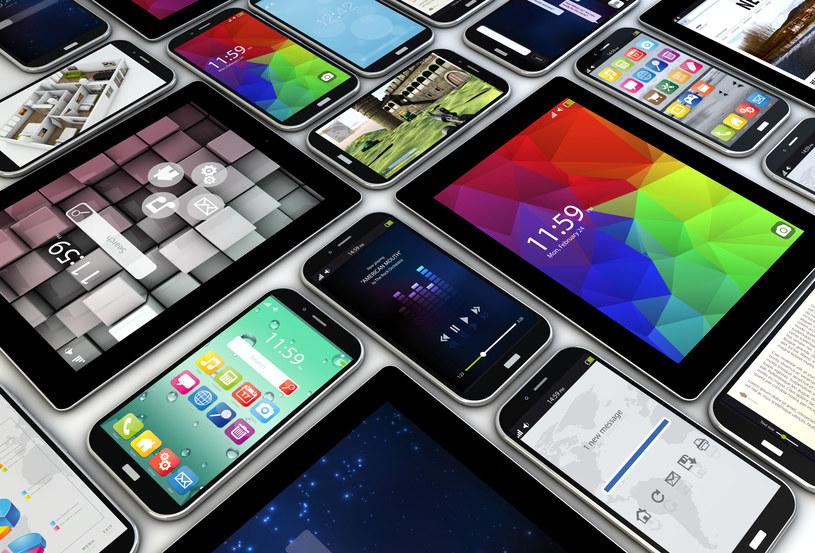 Niektóre urządzenia mobile mają preinstalowane szkodliwe aplikacje /123RF/PICSEL