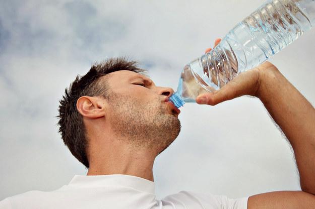 Jak picie dużej ilości wody wpływa na odchudzanie? - Odchudzanie - sunela.eu