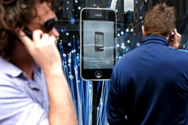 Niektórzy określają iPada mianem iPhone'a HD. Zatem nie potrzebujemy chyba iPhone HD /AFP