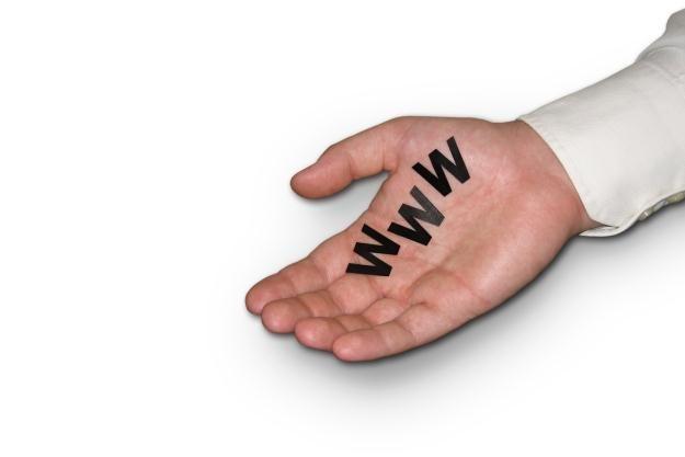 Niektórzy usiłują dorobić się na domenach w nieuczciwy sposób /stock.xchng