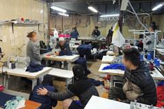 Nielegalna szwalnia w Wólce Kosowskiej. W niewolniczych warunkach pracowali tam Wietnamczycy