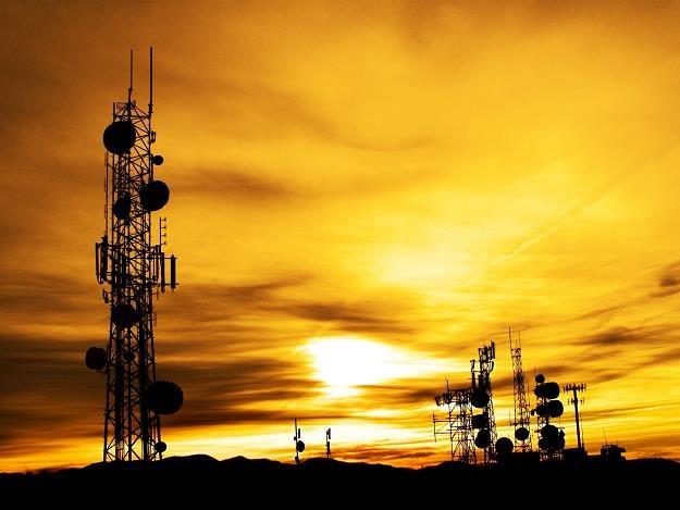 Nielegalne urządzenia zakłócają sieć telekomunikacyjną /©123RF/PICSEL