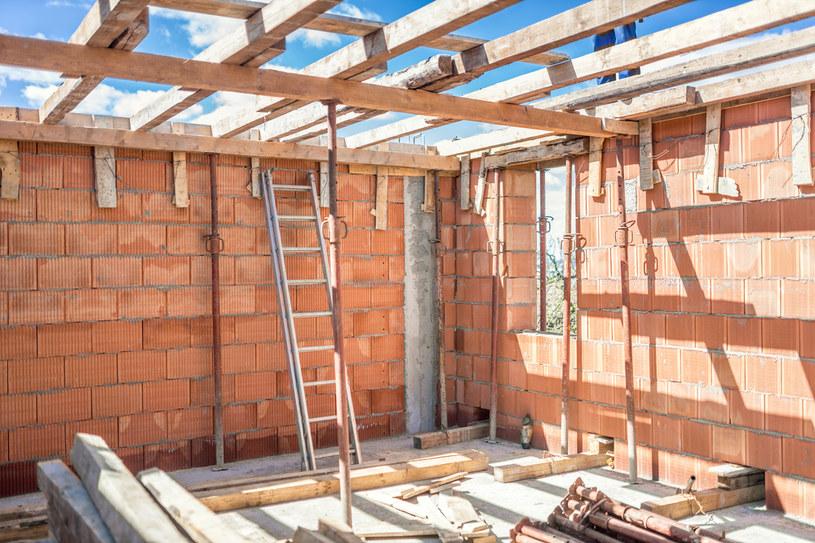 Nielegalne użytkowanie budynku bez konsekwencji po pięciu latach /©123RF/PICSEL