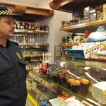 Nieletni kupujący papierosy - 2/3 sprzedawców nie pyta o dowód