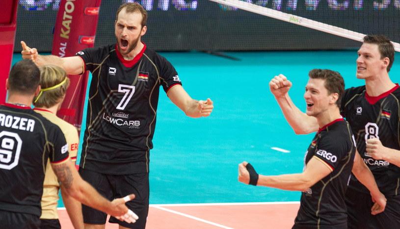 Niemcy coraz lepiej spisują się na mistrzostwach świata /Andrzej Grygiel /PAP