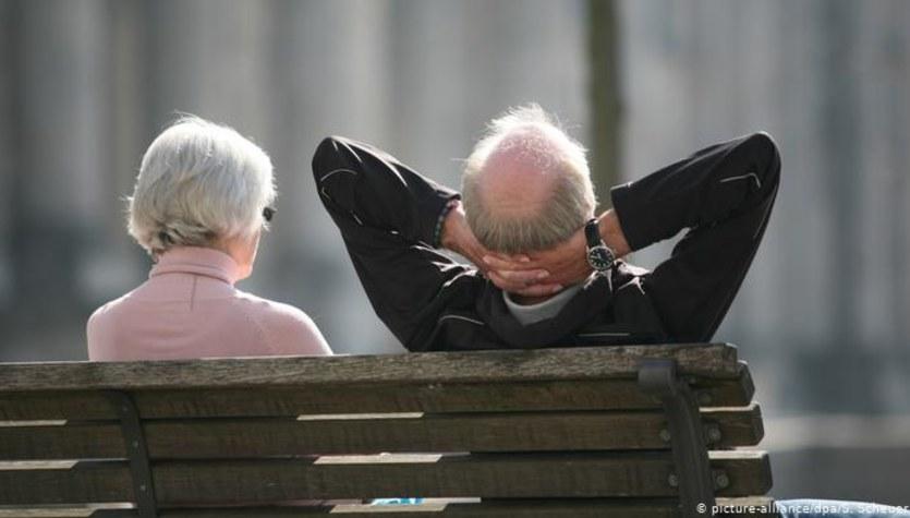 """Niemcy doczekali się emerytury podstawowej. """"Kamień milowy"""""""