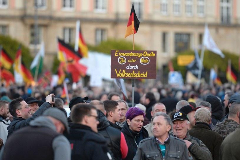 Niemcy domagają się wstrzymania napływu uchodźców /AFP